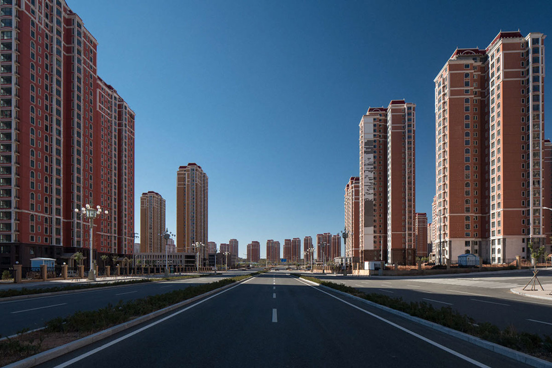 Beautiful images of Ordos, China's Ghost Town